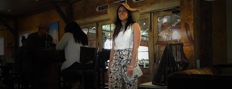 Aurora Farms Premium Outlets, Cleveland, Ohio fashion blogger style challenge
